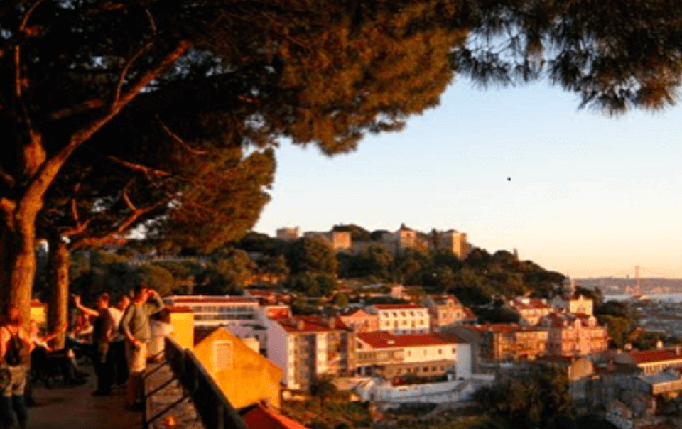 Here we share the best updates about art, culture, food, music, tourism and things that interest us personally or are relevant to our hotel in Graça, Lisbon.