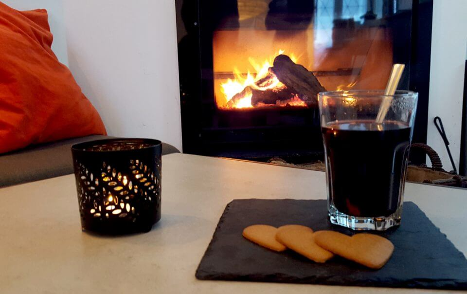 Cozy Christmas by the fire place at our hotel in Lisbon