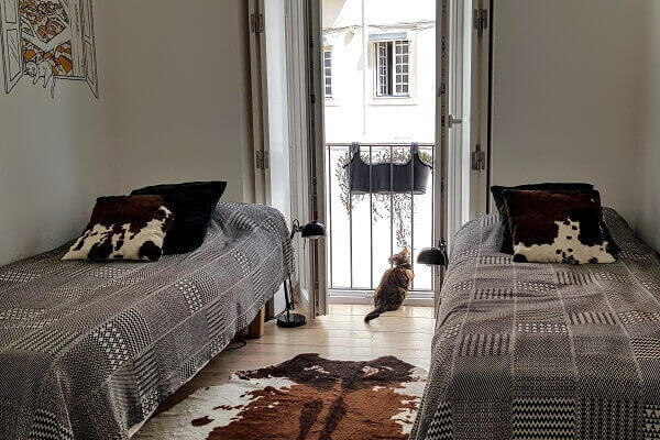 Cats Twin at Tings Lisbon - Pretty watching the Miradouro